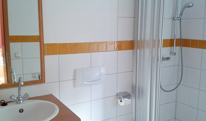 eiderhufe-heuherberge-rosis-zimmer-680x400-02